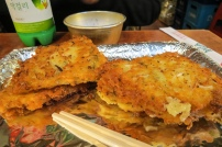 pajeon (파전) et bolée de makgeoli (막걸리)